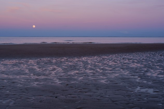 The strawberry moon rises over the North Sea