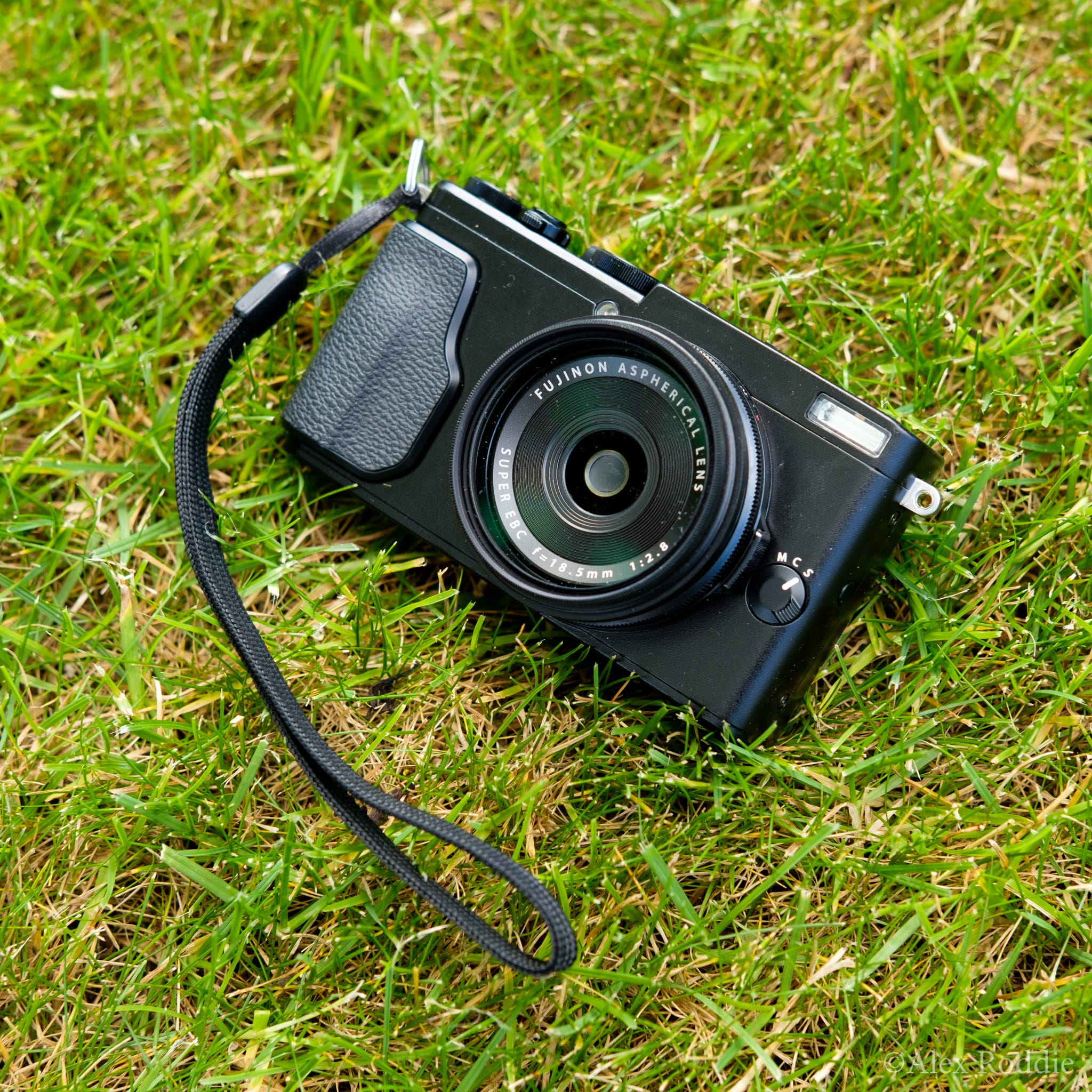First Look Fujifilm X70 The Ultimate Backpackers Camera
