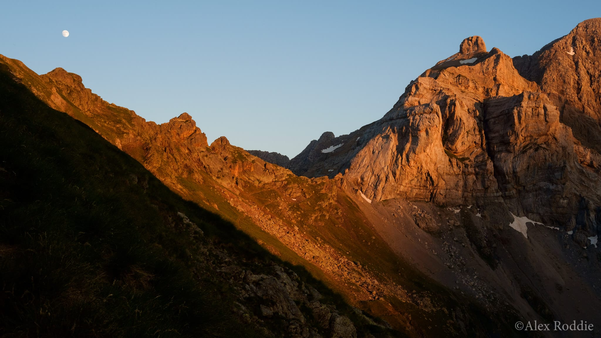 Sunset above Gavarnie