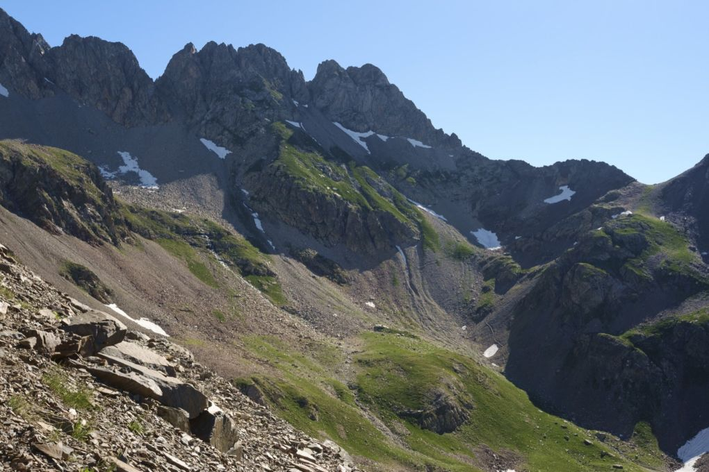 Approaching Col des Mulets
